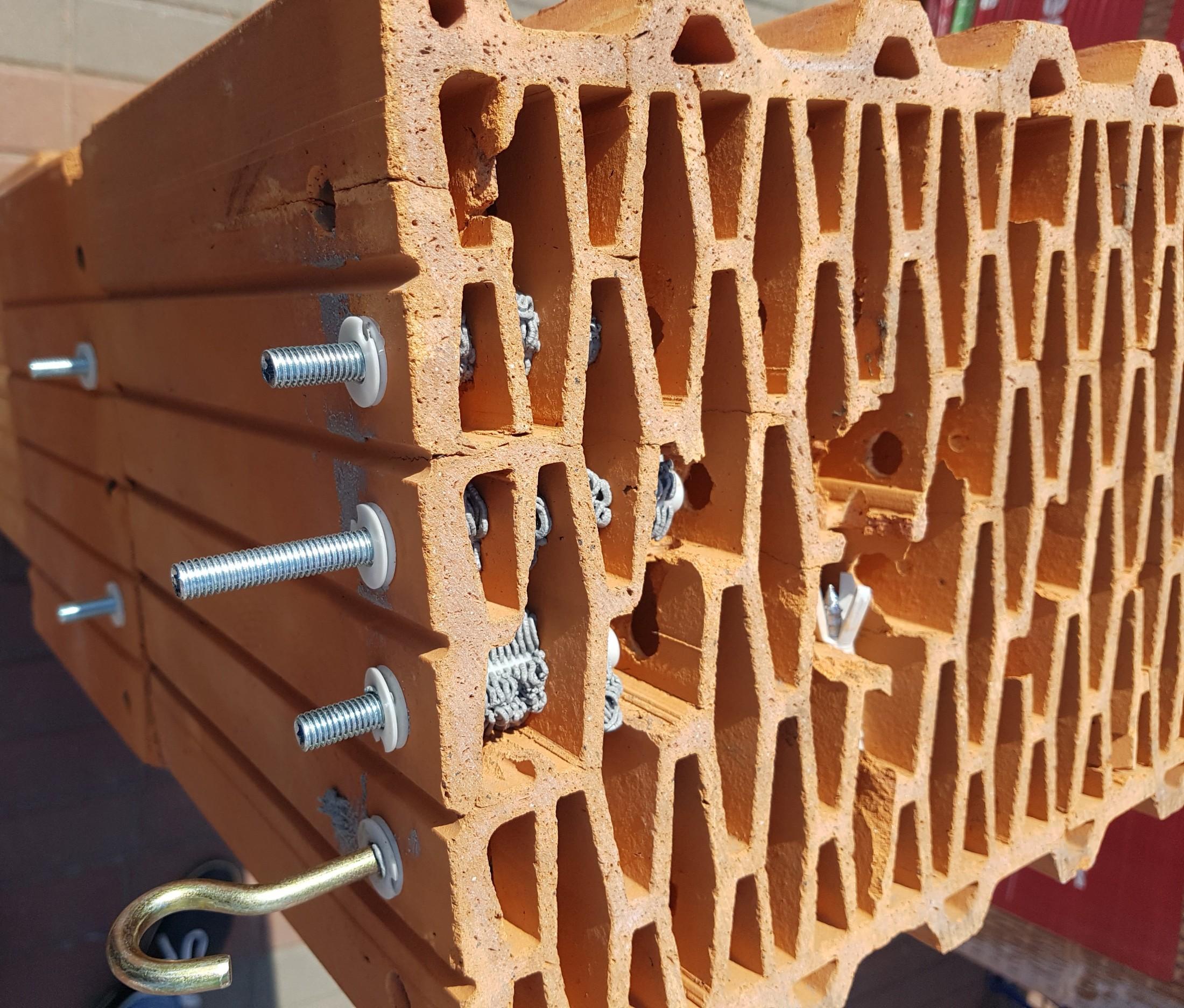 металлические дюбеля для кирпича